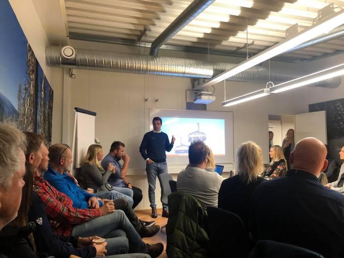 Träningsläger, clinics, hotell, hotell sälen, storstuga, Gattar storstuga, evenemang, förening, konferens, Vasaloppet, cykel, löpning, hund, hundklubb, Lindvallens Fäbod, Jonas i Sälen, Olarsgården, Sälen Business Center, tech bolag, innovation, tech hub, tech spaces, coworking, coworking spaces, tech Dalarna, nätverk, office, kontor, kontorsplats, företag, företagande, företag Sälen, företag Dalarna, Jonas i Sälen, business class, flygplats, Scandinavian Mountains, leuisure, work, Dalarna, Sälen, frukostmöte, företagarfrukost, möte, mötesplats, Sälen Dog Adventure Hike, vandra med hund, hotell olarsgården, husdjur tillåtet, Sälen Hund och aktivitet, draghundar, hundspann, Jonas i Sälen Game Fair, outdoor summer market, hundar, hund sälen,